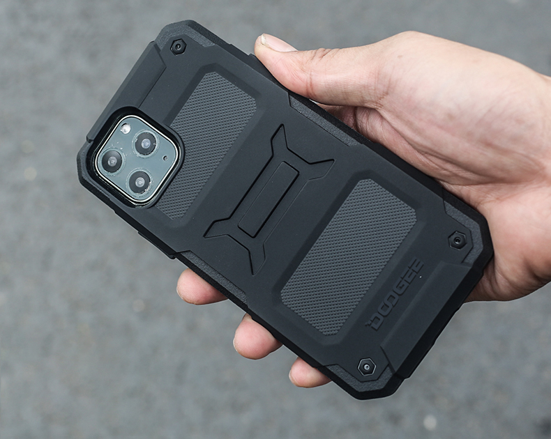 Doogee: Rugged Case For iPhone 11