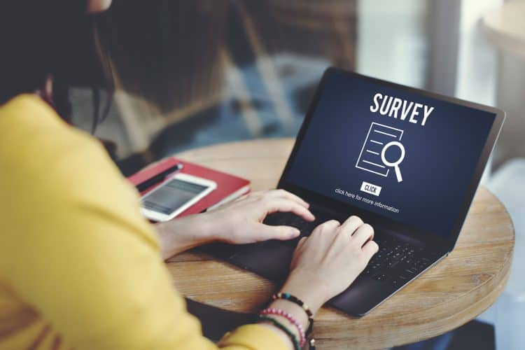 Encuestas en línea